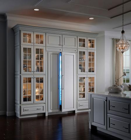 White Traditional Kitchen Refrigerator Columns